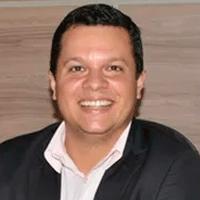 DR.-THIAGO-CARNAUBA